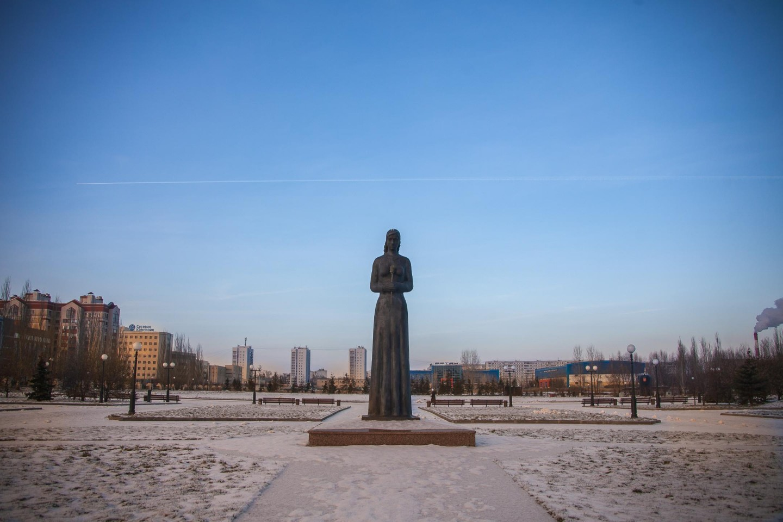 Памятник «Скорбящая вдова» — ParkSeason