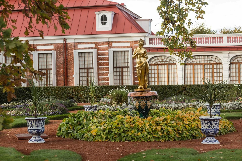 Фонтан «Колокол» со статуей Психеи — ParkSeason