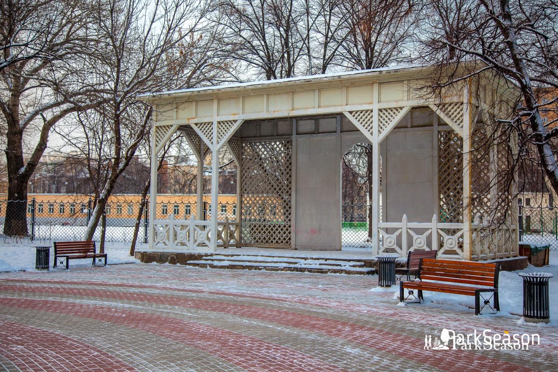 Беседка, Сквер Девичьего поля, Москва — ParkSeason