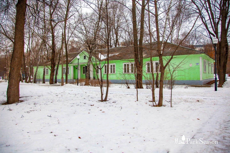 Общежитие, Парк «Березовая роща», Москва — ParkSeason