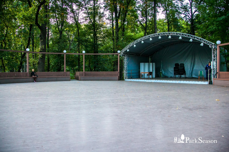 Эстрада, Музей-заповедник «Царицыно», Москва — ParkSeason
