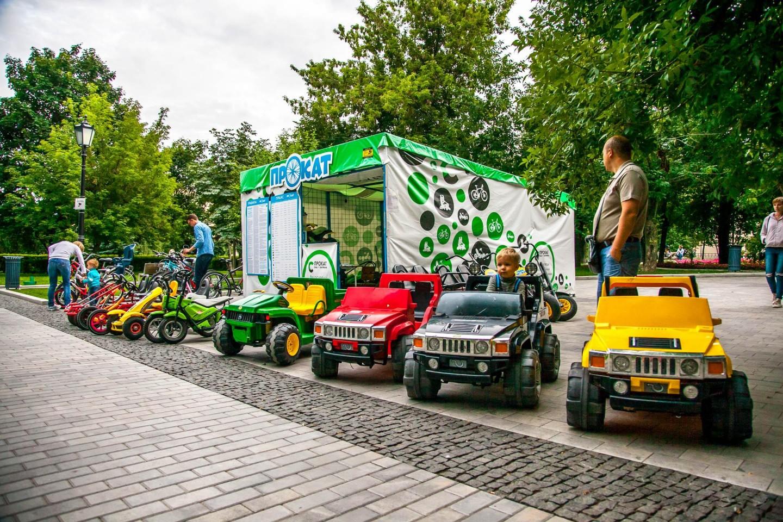 Пункт проката коньков, Сад им. Баумана, Москва — ParkSeason
