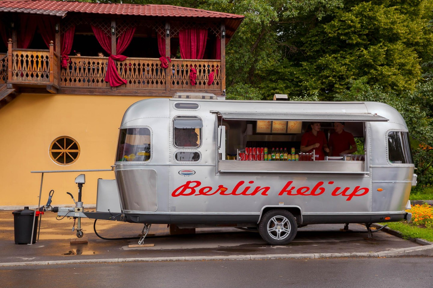 Фургон Berlin Keb'up, ВДНХ, Москва — ParkSeason