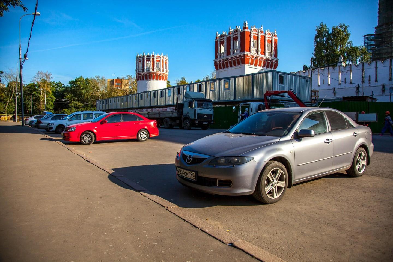 Парковка, Парк «Новодевичьи пруды», Москва — ParkSeason