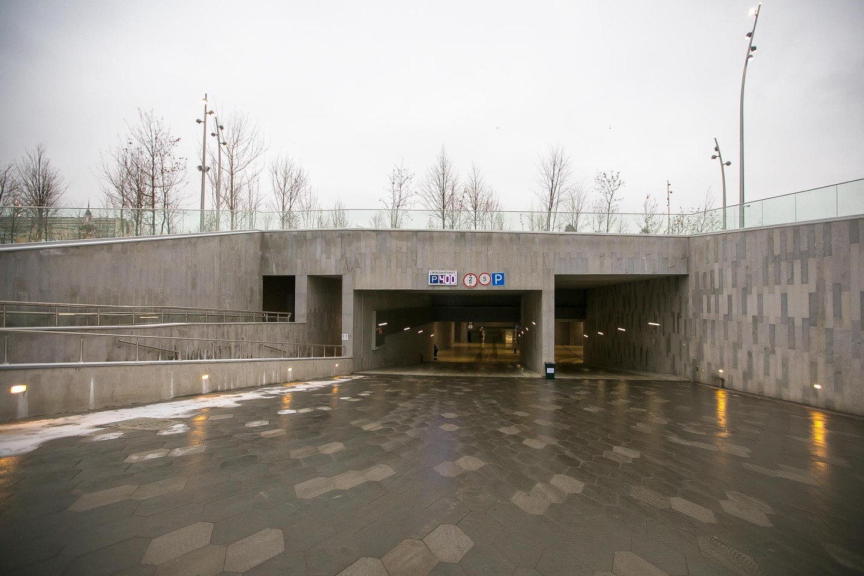 Подземная парковка, Парк «Зарядье», Москва — ParkSeason