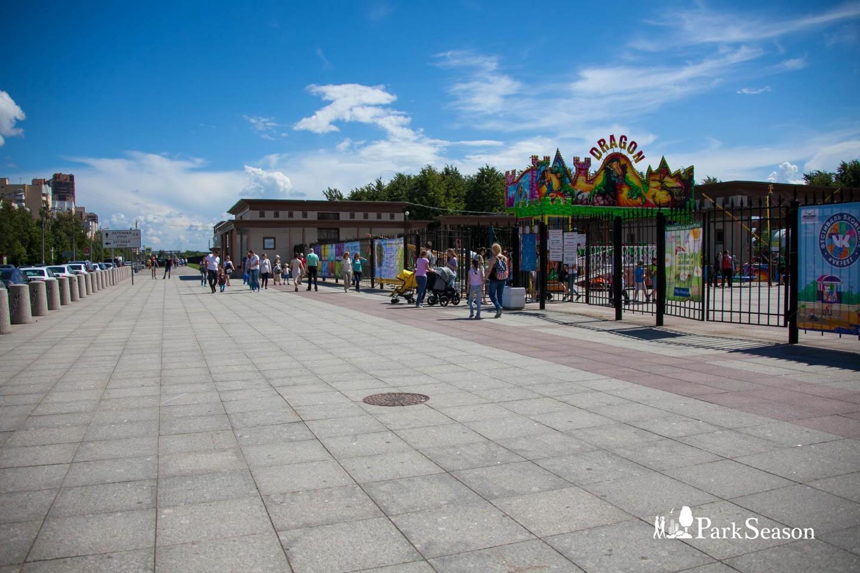Главный вход — ParkSeason