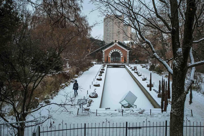 Зеркальный канал и радужные миксбордеры, Аптекарский огород, Москва — ParkSeason