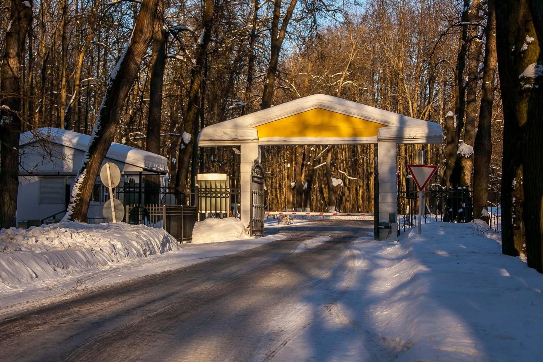 Контрольно-пропускной пункт, Музей-усадьба «Архангельское», Москва — ParkSeason