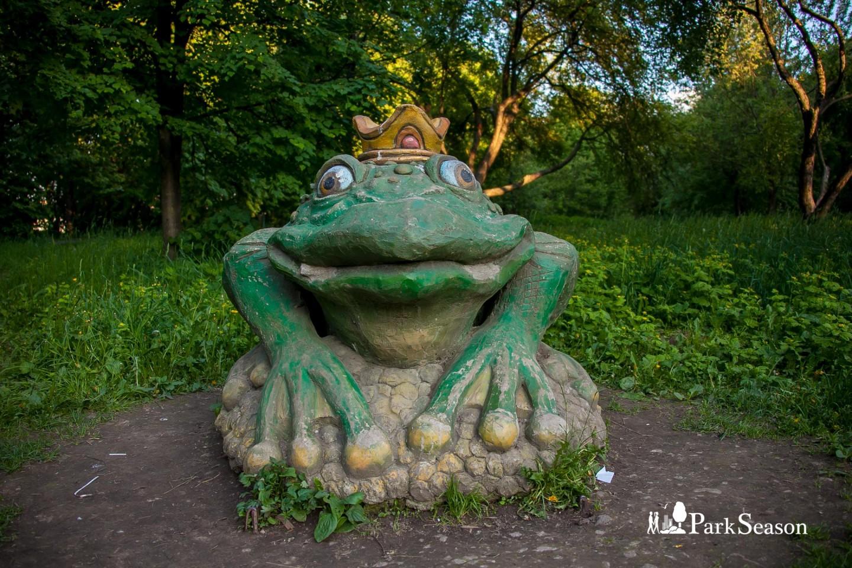 Скульптура «Царевна лягушка», Парк «Северное Тушино», Москва — ParkSeason