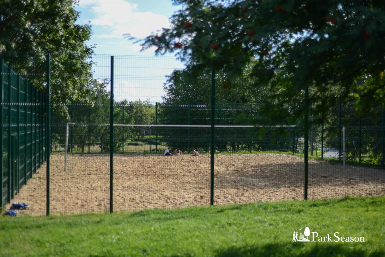 Волейбольная площадка, Парк «Садовники», Москва — ParkSeason