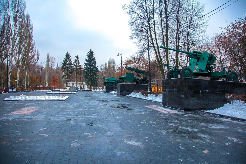 Площадь мужества, Парк «Измайловский», Москва — ParkSeason