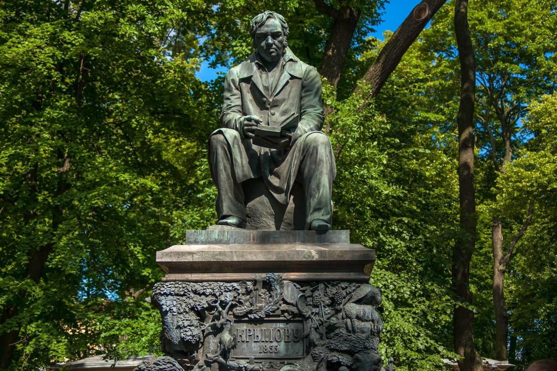 Памятник Крылову — ParkSeason