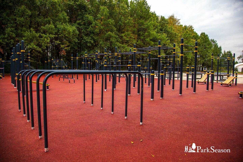 Площадка WorkOut, Парк Победы на Поклонной горе, Москва — ParkSeason