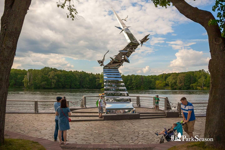 Скульптура «Дорога в будущее» — ParkSeason