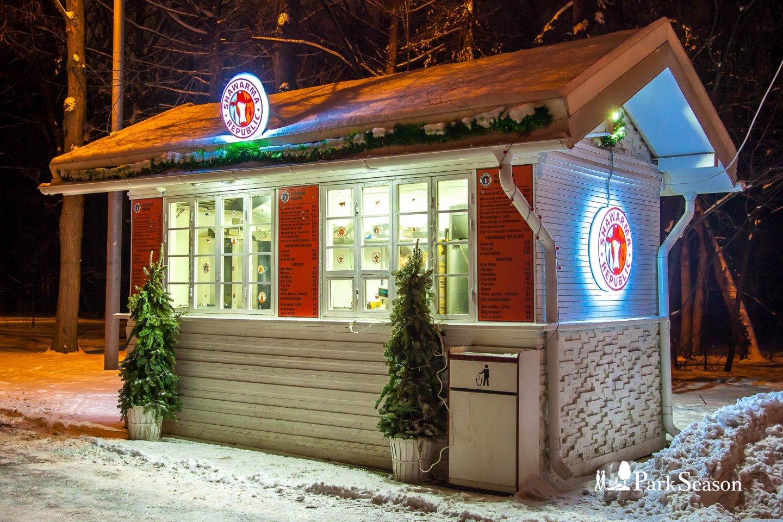Киоск Shawarma Republic, Озелененная территория МГУ, Москва — ParkSeason