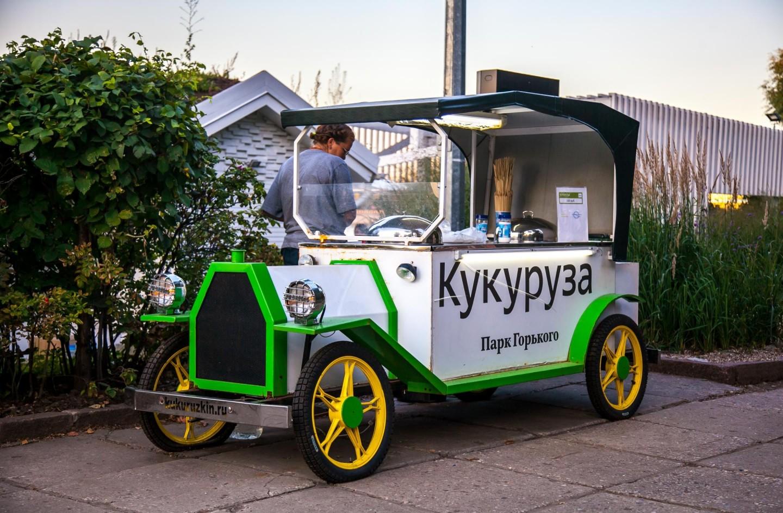 Горячая кукуруза, Воробьевы горы, Москва — ParkSeason