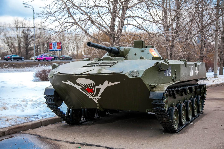Танк , Парк Победы на Поклонной горе, Москва — ParkSeason
