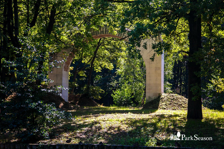 Арка на острове «Русалкины ворота» , Музей-заповедник «Царицыно», Москва — ParkSeason