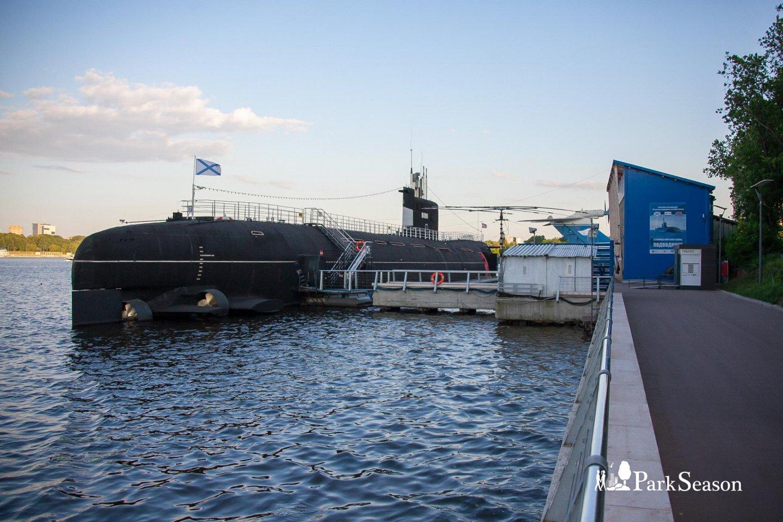 Подводная лодка «Новосибирский комсомолец», Парк «Северное Тушино», Москва — ParkSeason