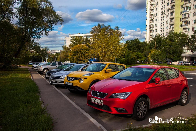 Парковка, Строгинский парк, Москва — ParkSeason