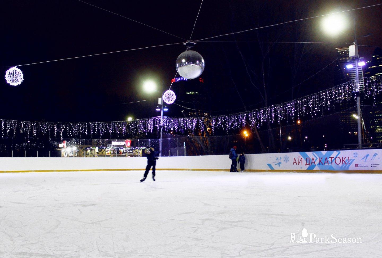 Малый каток в парке «Красная Пресня», Парк «Красная Пресня», Москва — ParkSeason
