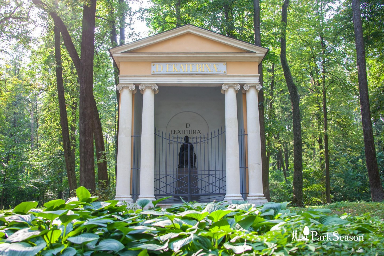 Храм-памятник Екатерины II, Музей-усадьба «Архангельское», Москва — ParkSeason