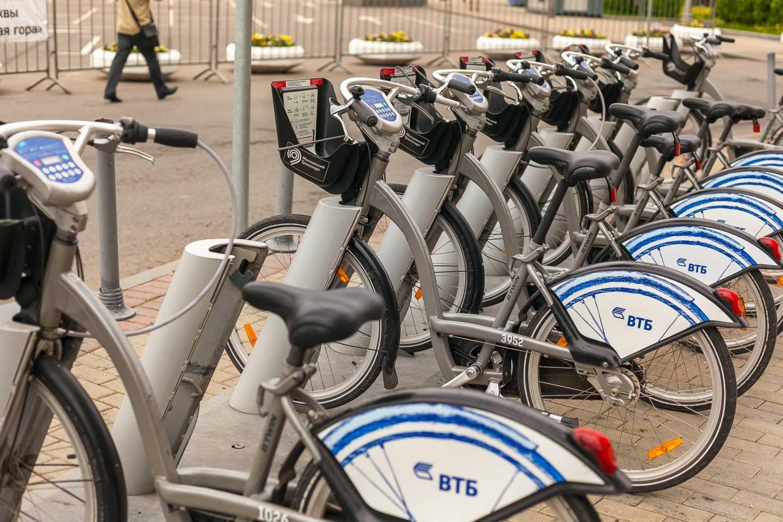 Городской прокат велосипедов, Парк Победы на Поклонной горе, Москва — ParkSeason