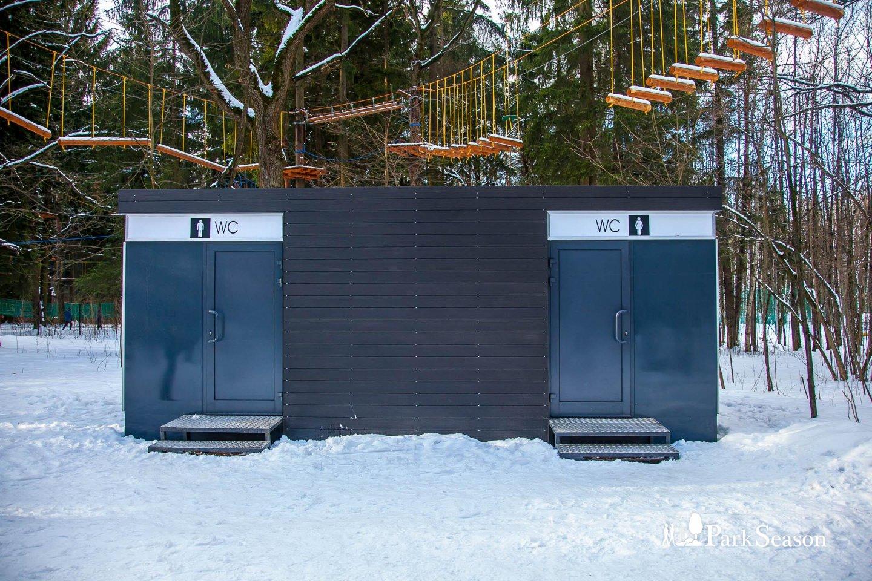 Туалет, Парк «Мещерский», Москва — ParkSeason