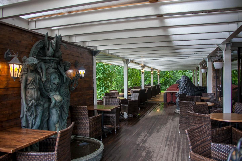 Кафе-терраса «Алые паруса» — ParkSeason