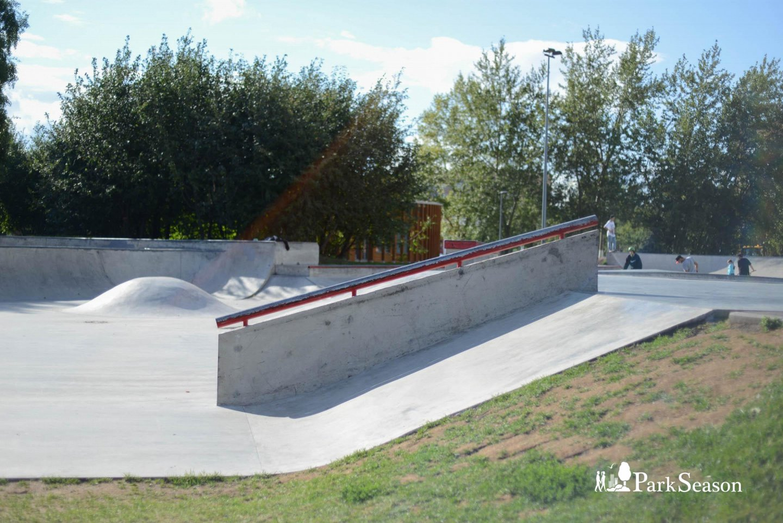 Скейт-парк, Парк «Садовники», Москва — ParkSeason