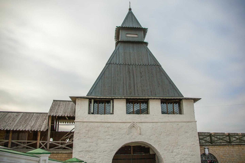 Преображенская проездная башня — ParkSeason
