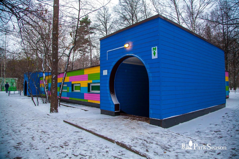 Туалет, Парк «Сокольники», Москва — ParkSeason