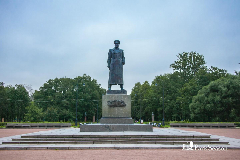 Памятник Жукову — ParkSeason
