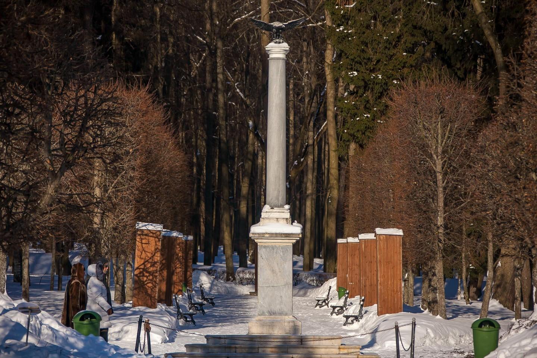 Колонна в честь приезда в усадьбу Александра III., Музей-усадьба «Архангельское», Москва — ParkSeason