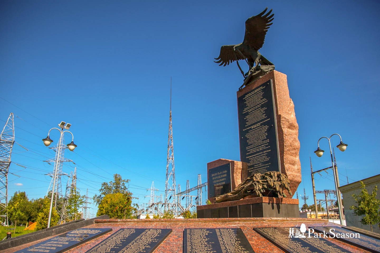 Памятник подразделениям специального назначения России — ParkSeason