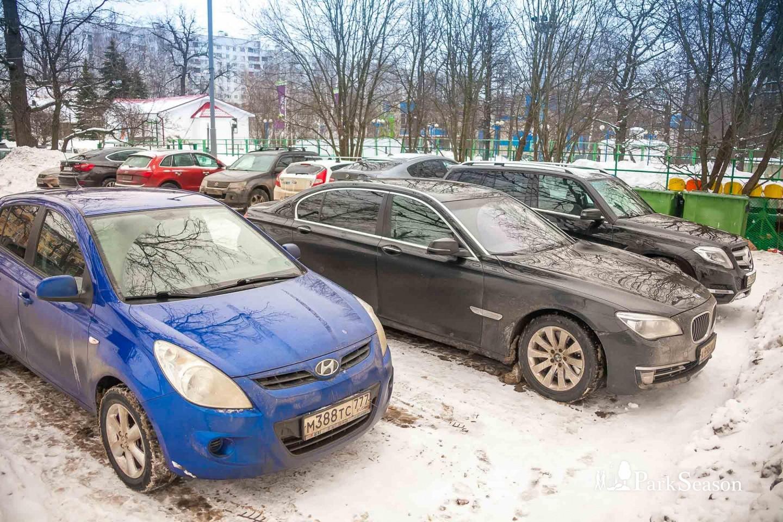 Парковка, Лианозовский парк, Москва — ParkSeason