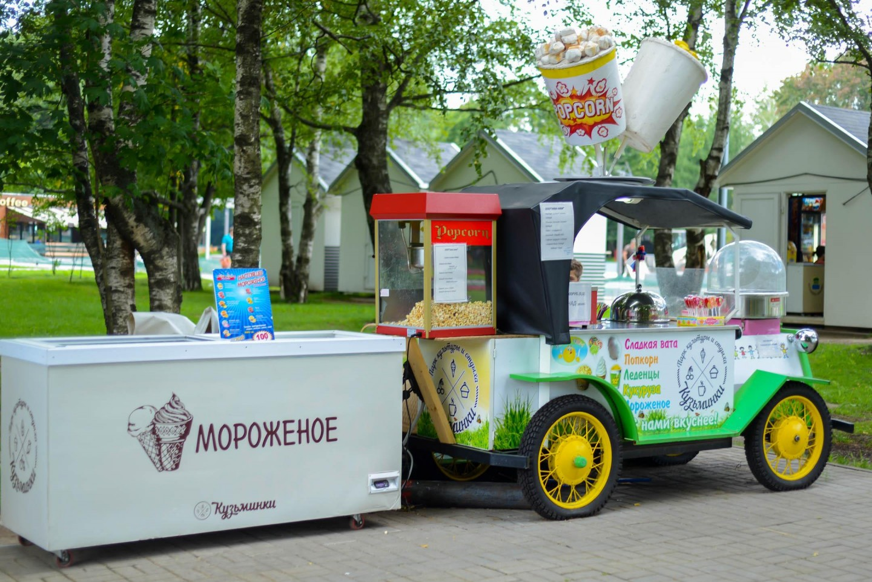 Сладкая сахарная вата, Парк «Кузьминки», Москва — ParkSeason