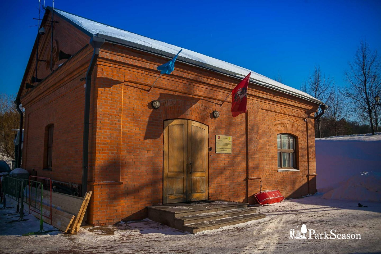 Поисково-спасательная станция «Царицыно» , Музей-заповедник «Царицыно», Москва — ParkSeason