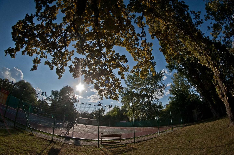 Тенисный корт — ParkSeason