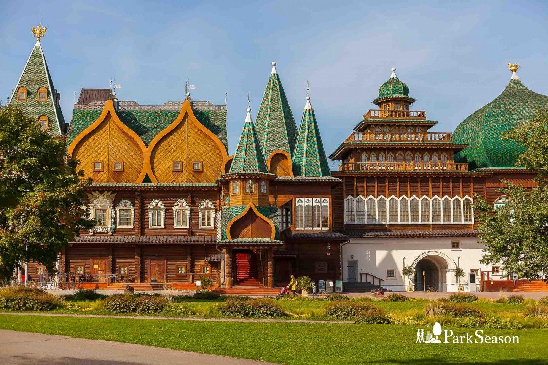 Дворец царя Алексея Михайловича (театральная хоромина), Усадьба «Коломенское», Москва — ParkSeason