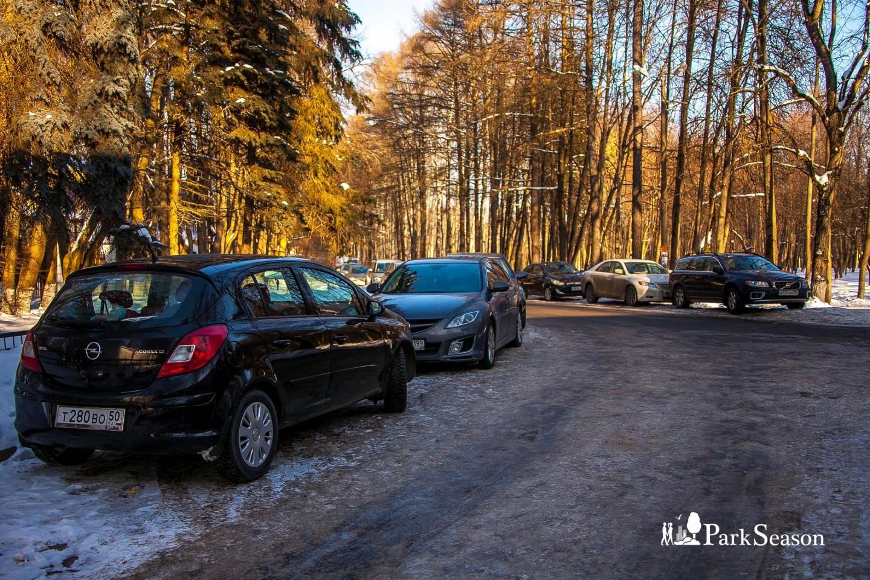 Парковка, Музей-усадьба «Архангельское», Москва — ParkSeason