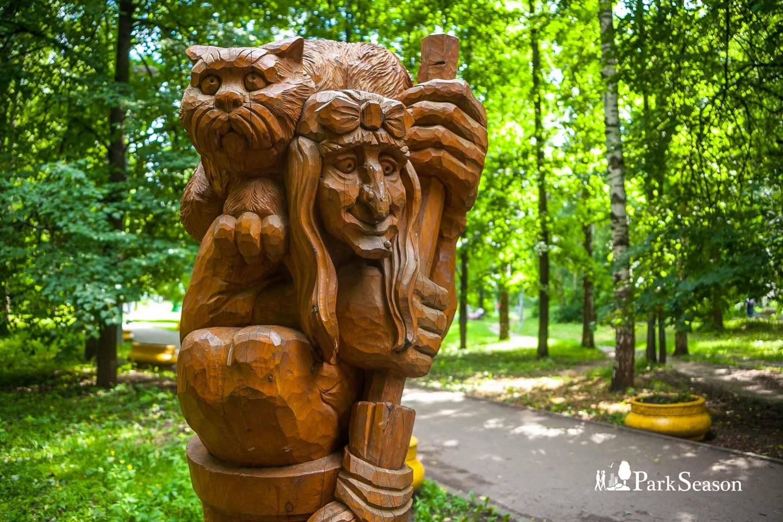 Скульптура «Баба Яга» — ParkSeason
