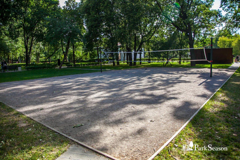 Волейбольная площадка, Гончаровский парк, Москва — ParkSeason