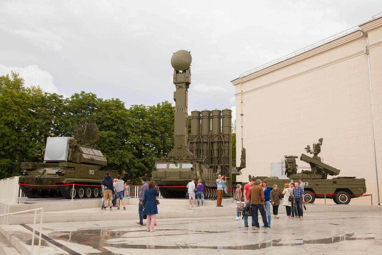 Выставка современной военной техники, ВДНХ, Москва — ParkSeason