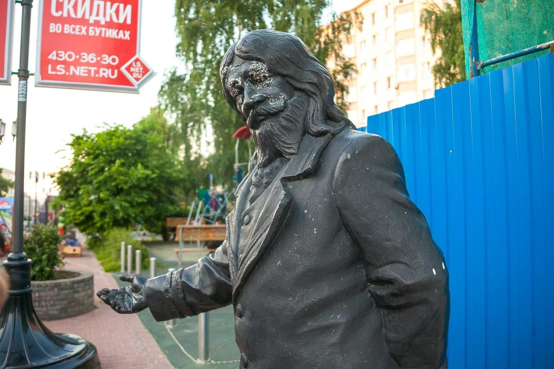 Скульптура «Трактирщик» — ParkSeason