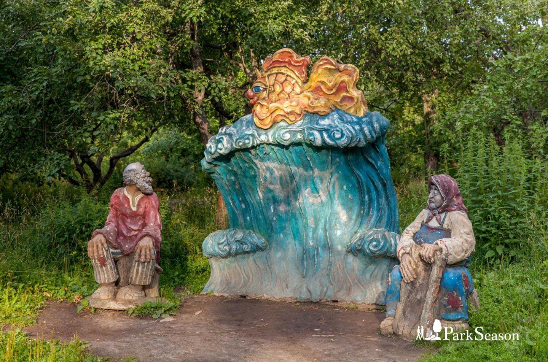 Скульптура «Сказка о рыбаке и рыбке», Парк «Северное Тушино», Москва — ParkSeason