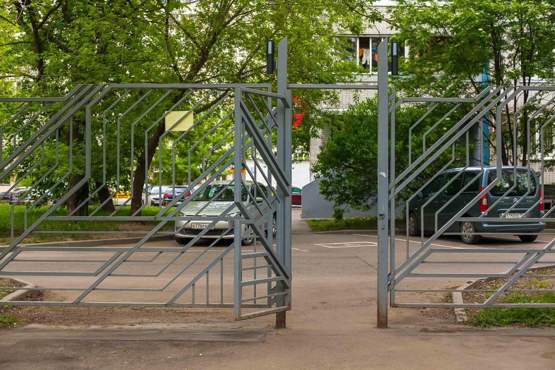 Вход в парк, Парк «Перовский», Москва — ParkSeason