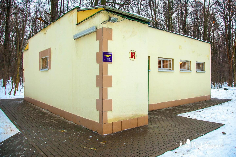 Туалет, Парк «Измайловский», Москва — ParkSeason