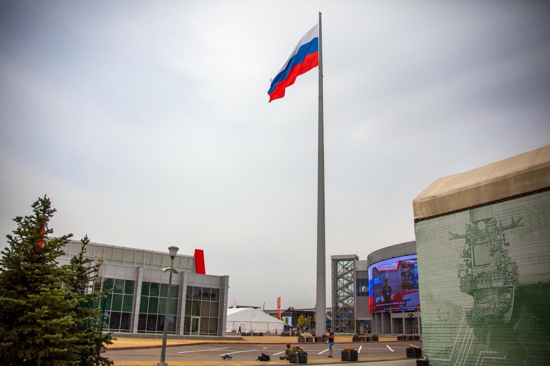 Самый большой флаг Российской Федерации, Парк «Патриот», Москва — ParkSeason