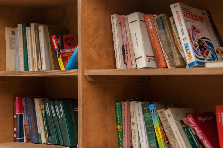 Буккроссинг «Библиотека», Парк «Красная Пресня», Москва — ParkSeason